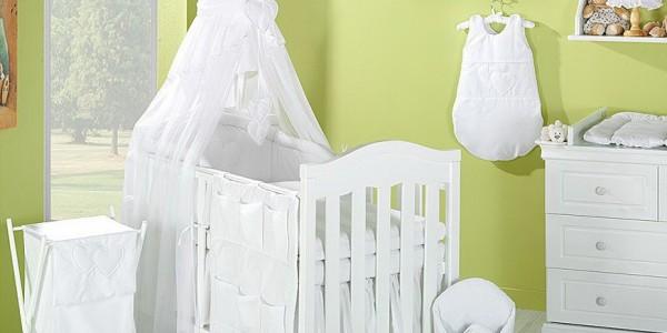 Optimiser la protection du bébé avec la parure de lit