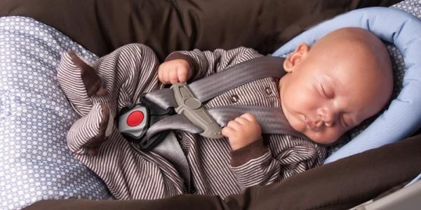 Se servir d'un siège auto comme lit de bébé