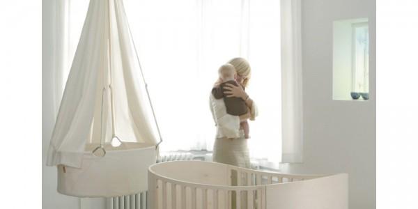 Le berceau suspendu pour bercer votre bébé en toute sécurité